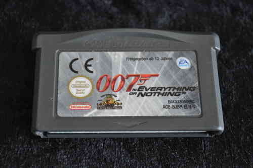 Gameboy Advance 007 everything or nothing