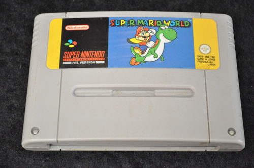 Super Mario World Nintendo SNES
