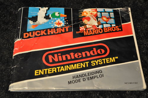 Super Mario Bros/Duckhunt Nintendo NES Manual Fah
