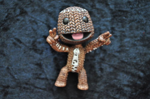 "Little Big Planet Sackboy Peace Sign 6"" Figure NEW"